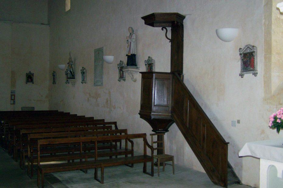 Chaire de l'église de Jalogny