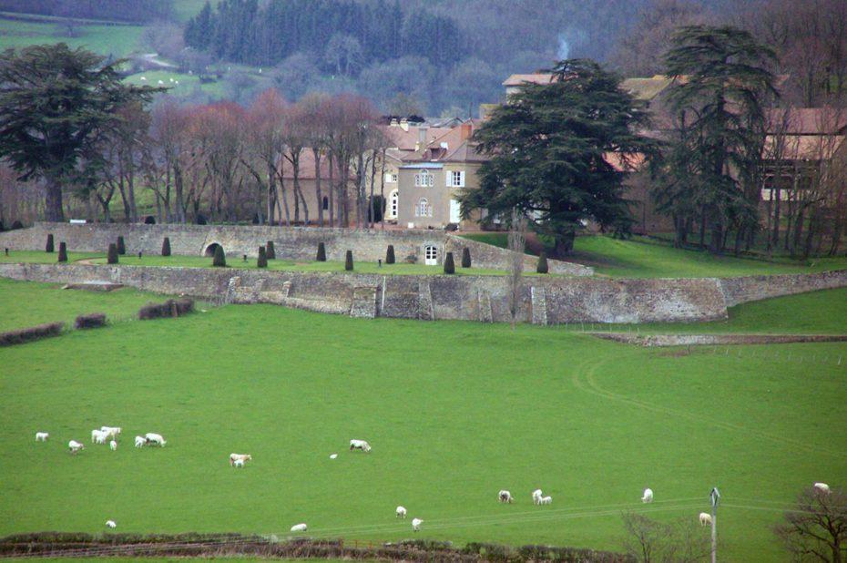 Le château de Borde près de Mazille