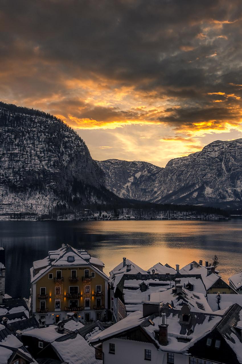 Coucher de soleil sur le lac Hallstättersee