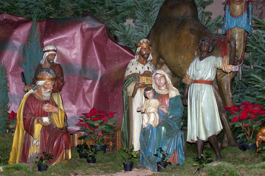 La belle crèche de Noël dans la cathédrale
