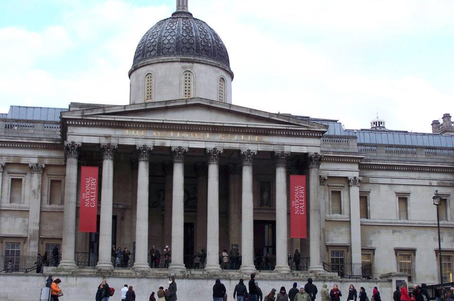 L'entrée de la National Gallery, musée de Londres