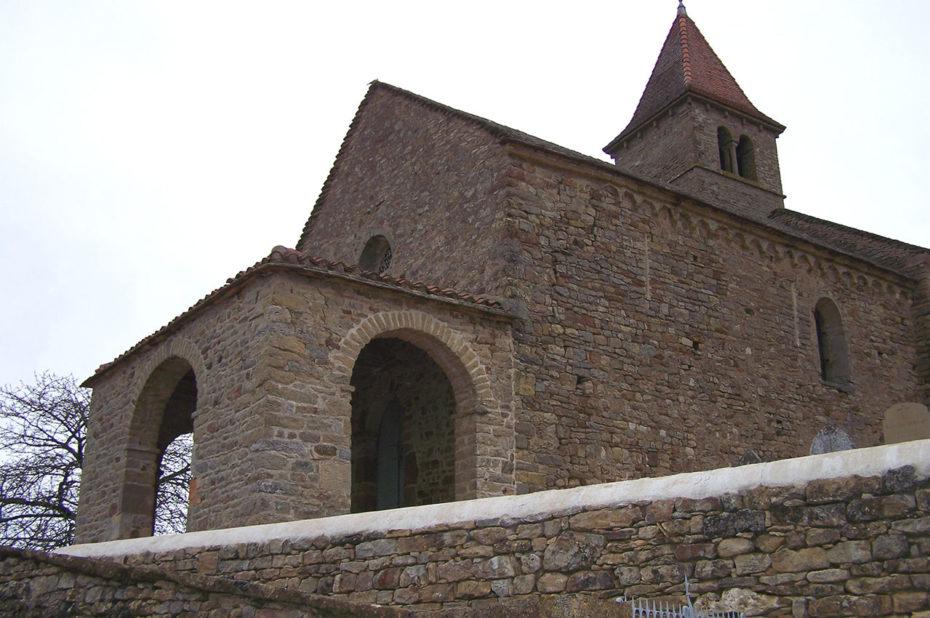 Extérieur de la chapelle Saint-Jean-Baptiste à Jalogny-Vaux