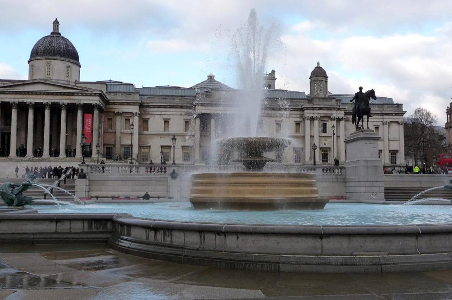 La fontaine devant la National Gallery