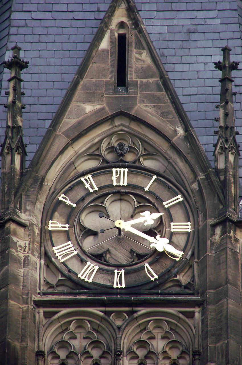 L'horloge de l'église Saint-Maurice