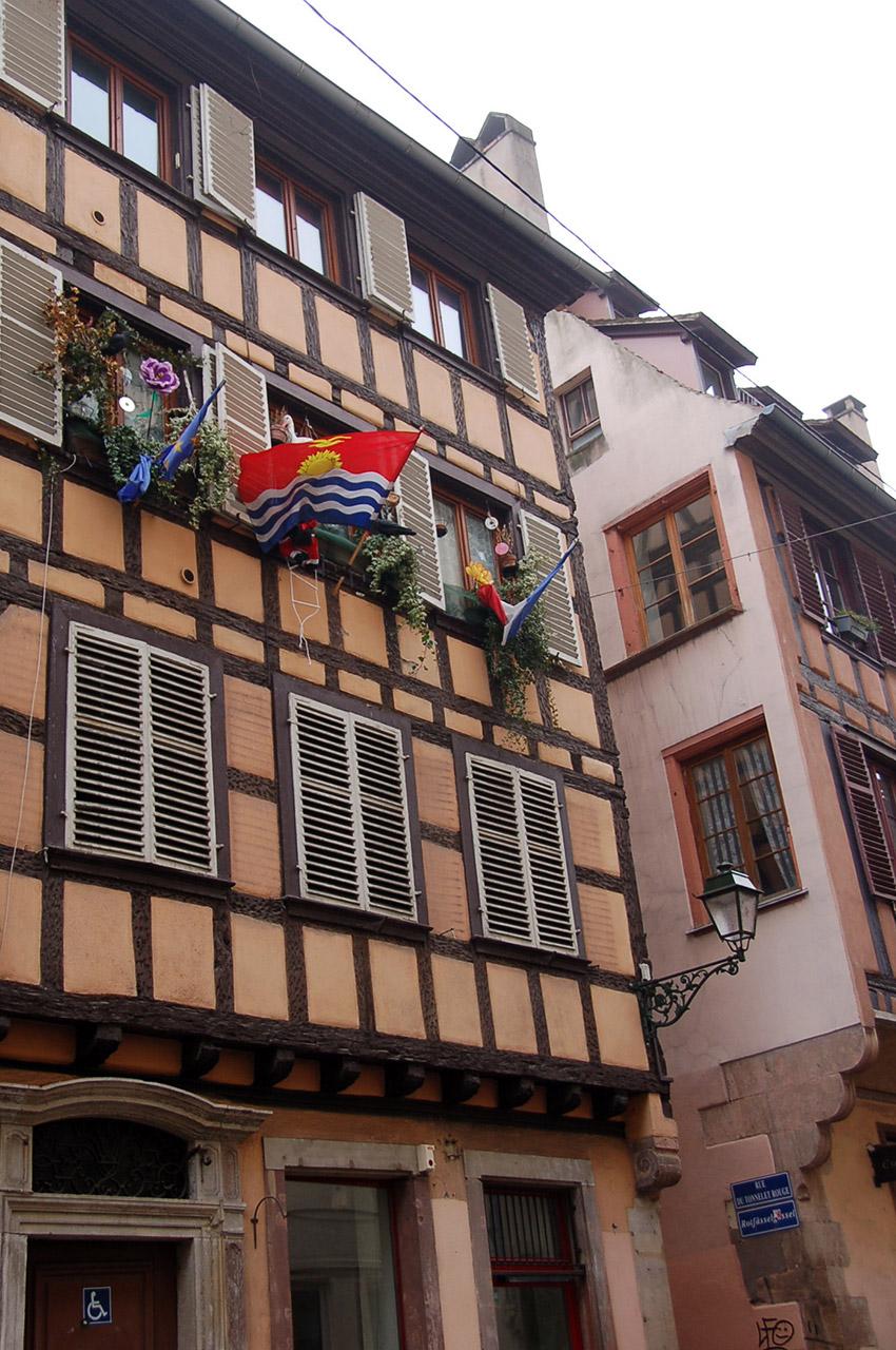 Une maison à colombages rue du tonnelet rouge