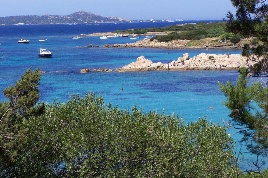 Mer azur au-dessus de Porto Rotondo
