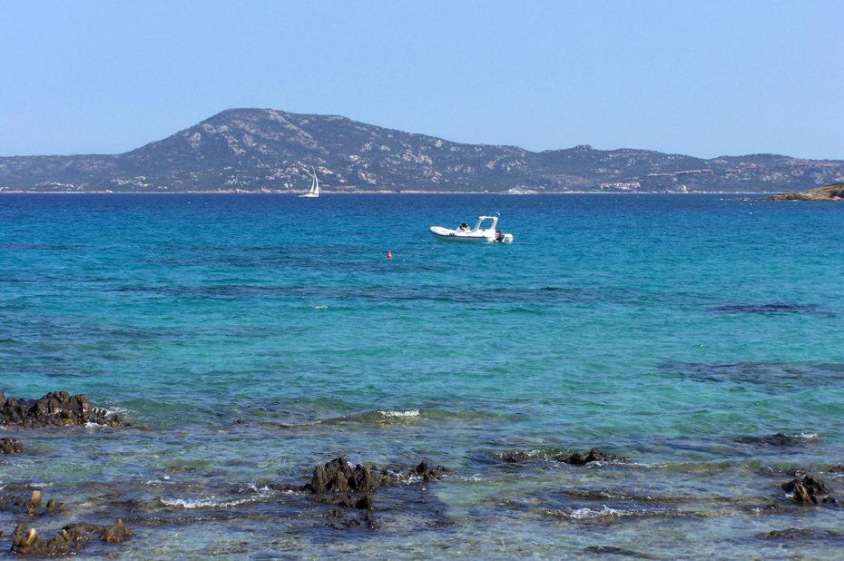 Une mer translucide aux couleurs turquoises