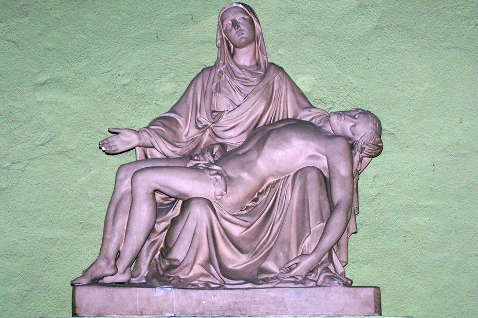 Pietà dans l'église de Sainte-Cécile