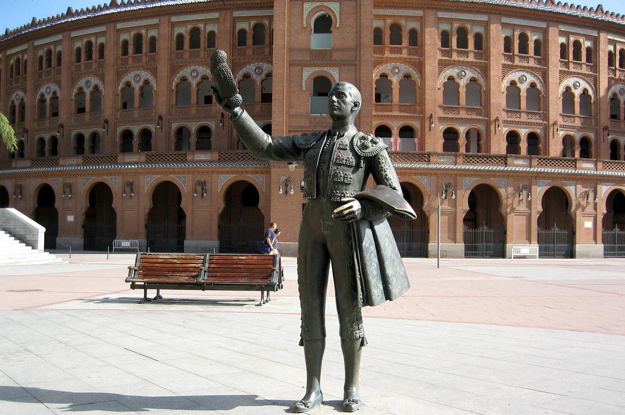 Statue d'un matador