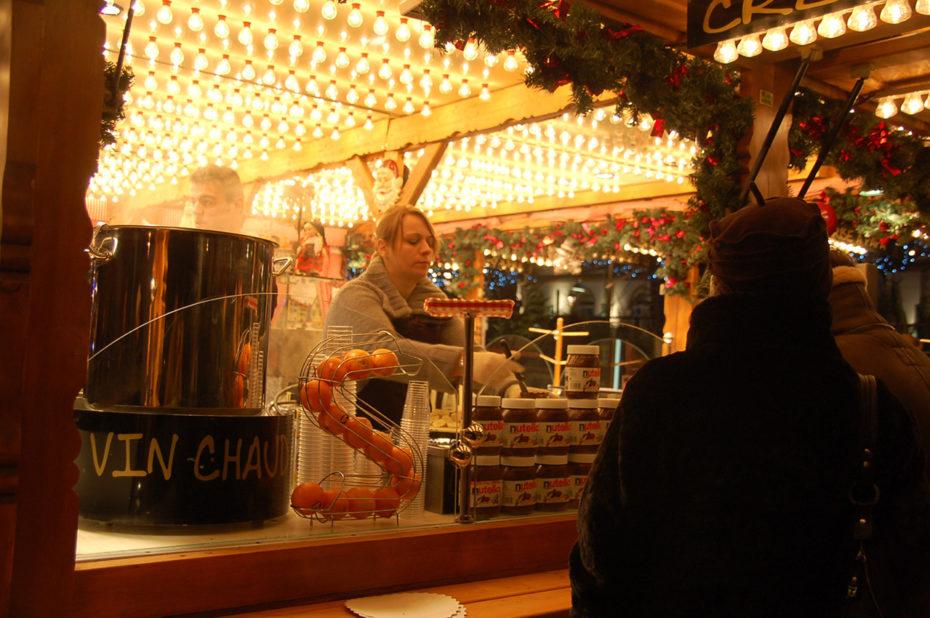 Vin chaud ou crêpe au nutella au marché de Noël