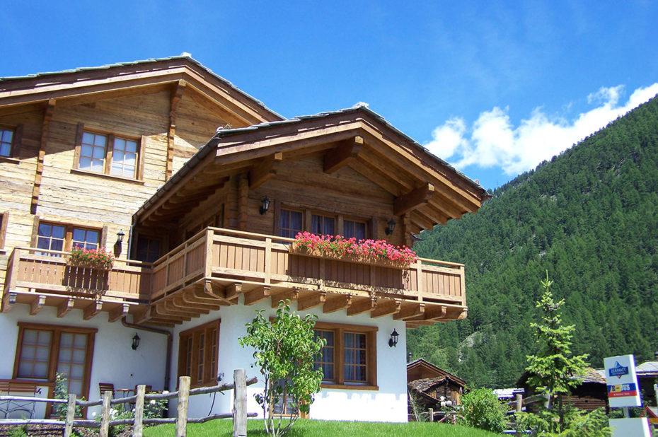 Des chalets modernes et luxueux sur les hauteurs de Zermatt