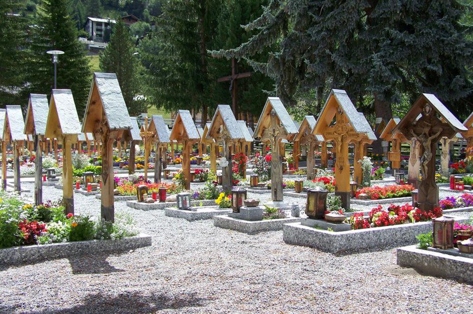 Le cimetière de Täsch