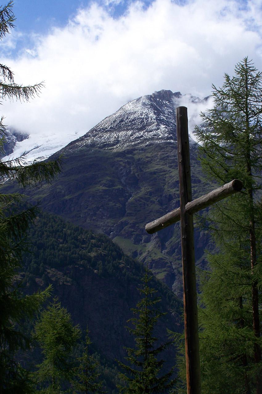 Croix sur le bord du chemin de l'Europaweg