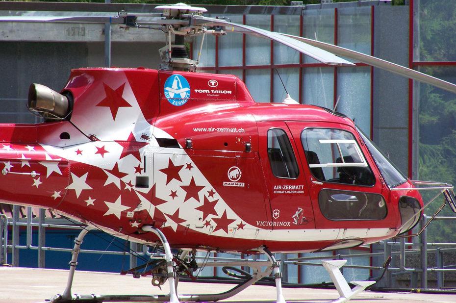 Hélicoptère rouge d'Air Zermatt