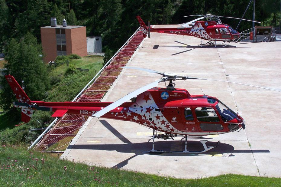 Hélicoptères pour le secours en montagne