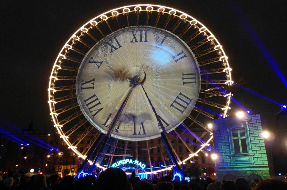 Horloge sur la grande roue - Rêves de nuit