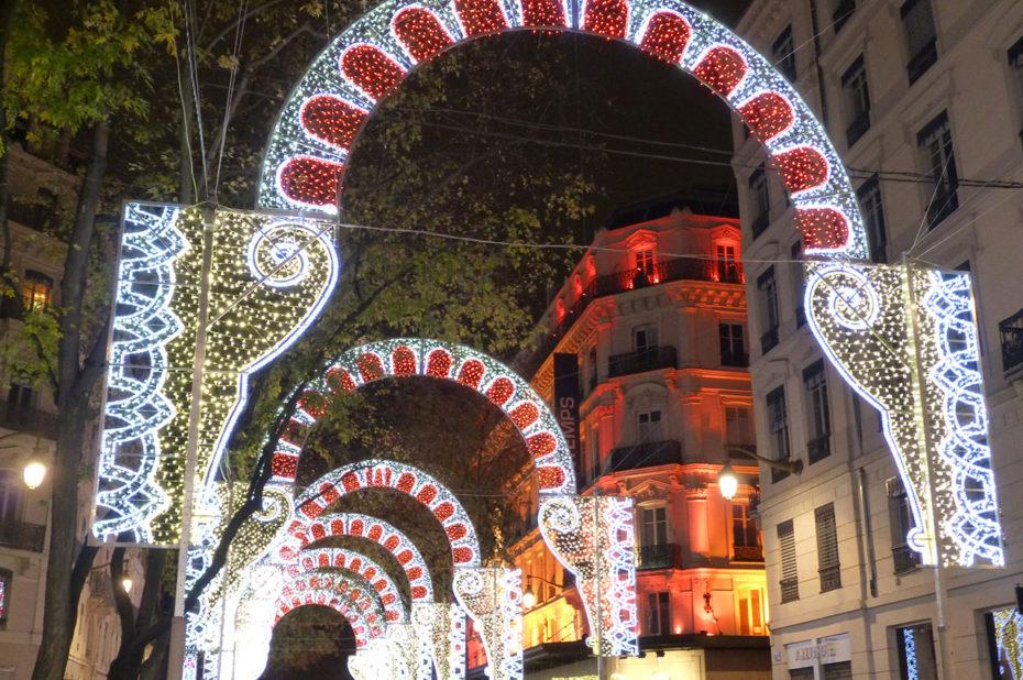 Les lumières de la fête rue de la République