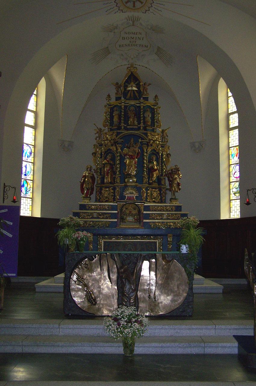 Maître autel baroque du XVIIe siècle