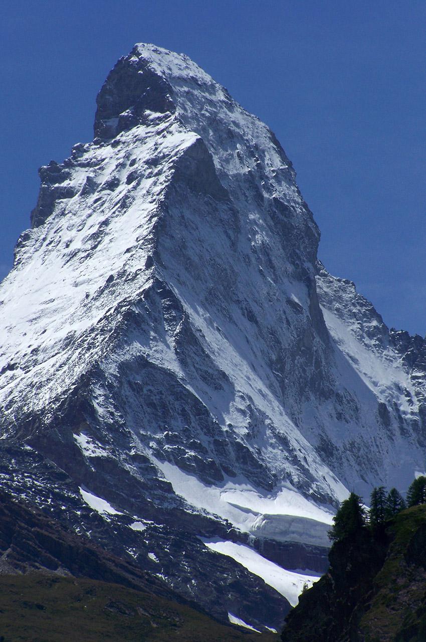 De nombreux alpinistes sont morts dans l'ascension du Cervin