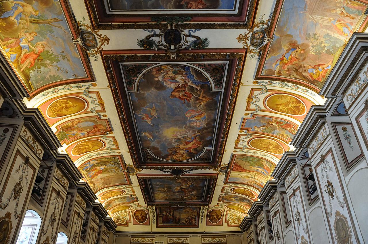 Plafond de la salle Haydn dans le château des princes Esterházy