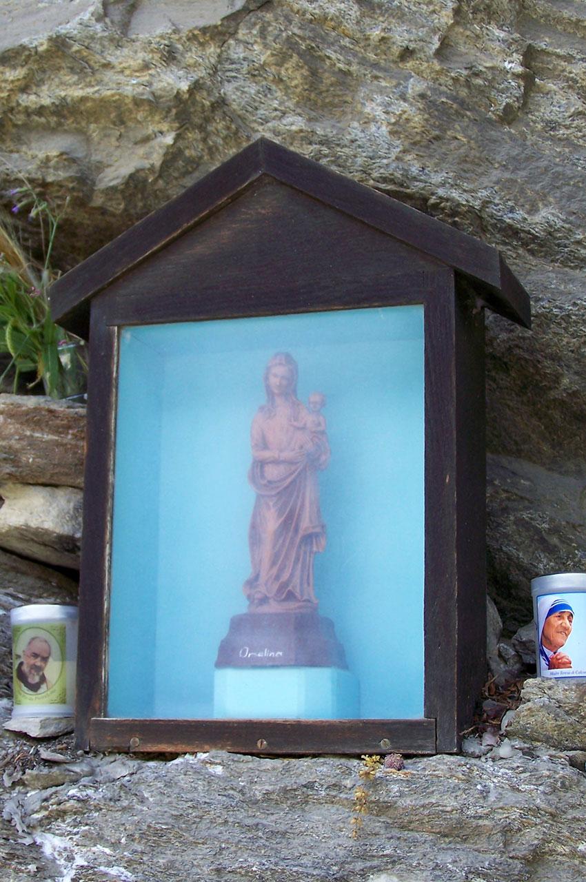 La Sainte Vierge veille sur les randonneurs