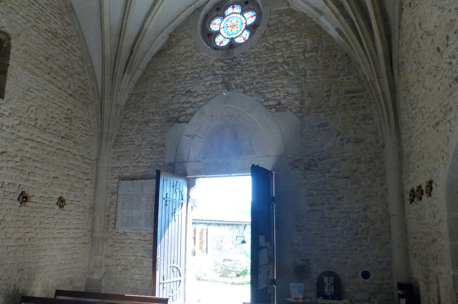 Entrée et rosace de l'église