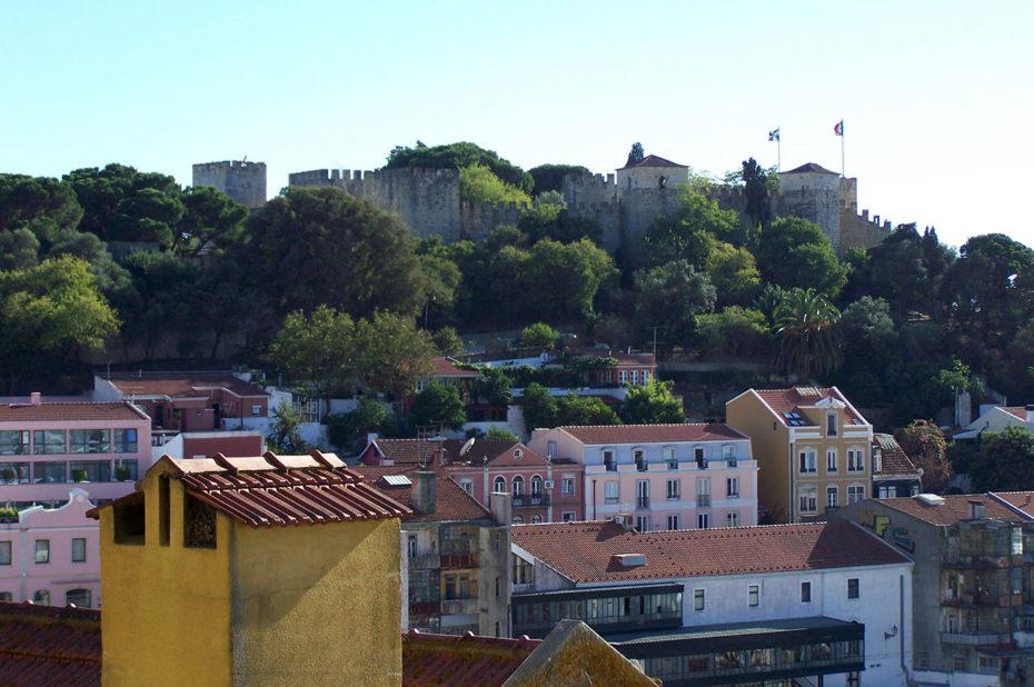 Le château Saint-Georges sur sa colline