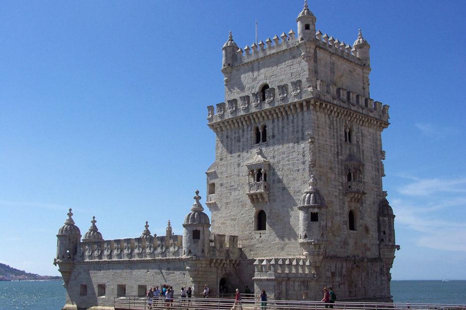 La Tour de Belém garde l'entrée du port de Lisbonne