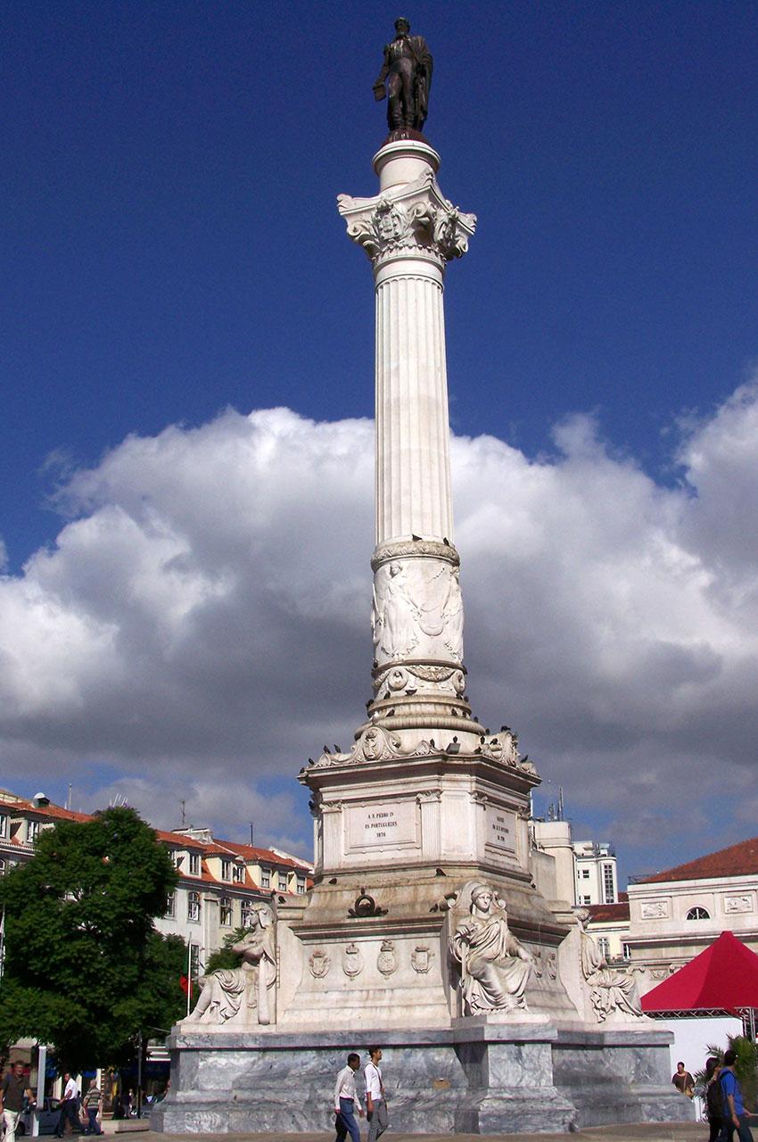 Colonne surmontée de la statue de Dom Pedro IV