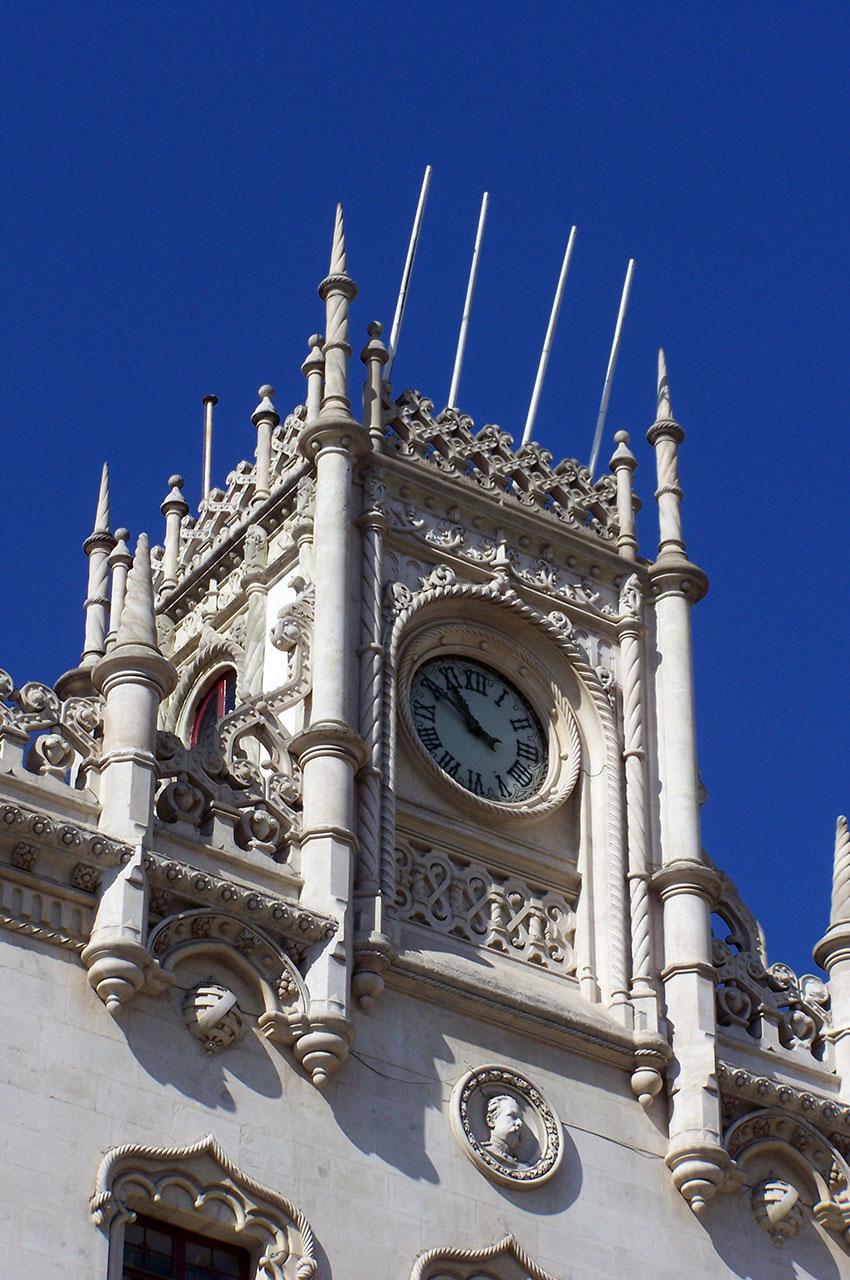 Horloge de la gare du Rossio