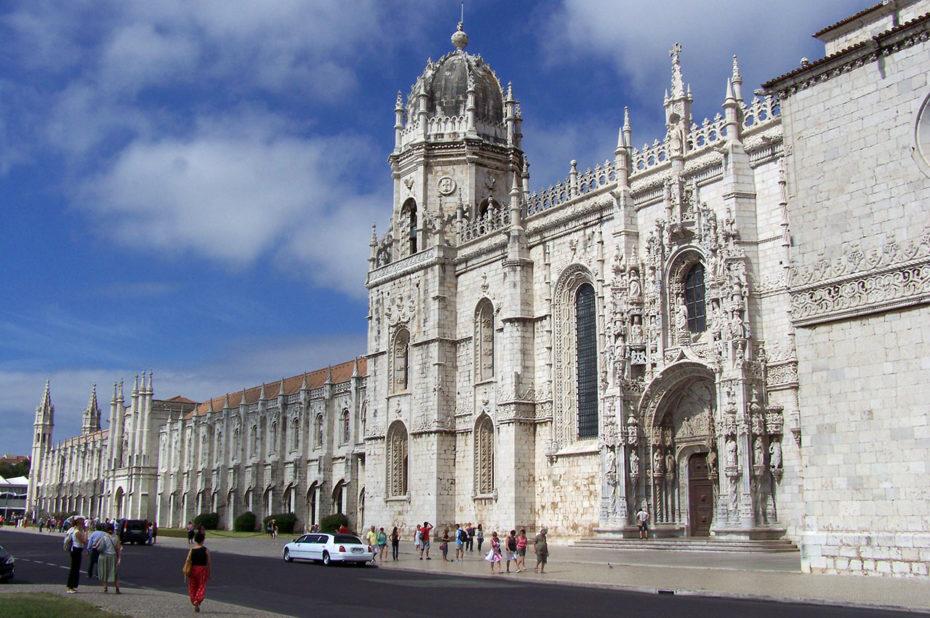 La praça imperio devant le Mosteiro dos Jerónimos