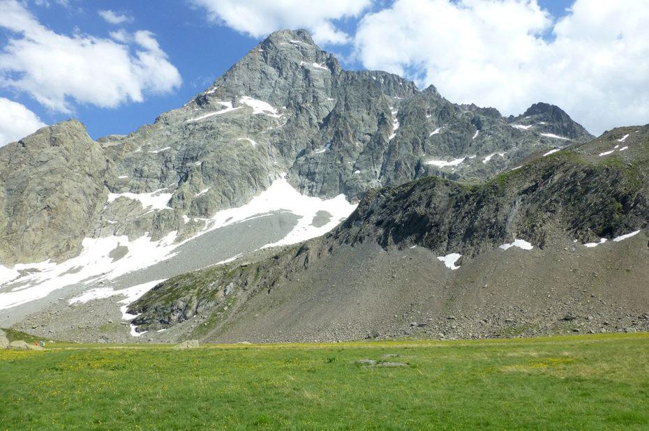 Le Sirac, qui culmine à 3441 m d'altitude