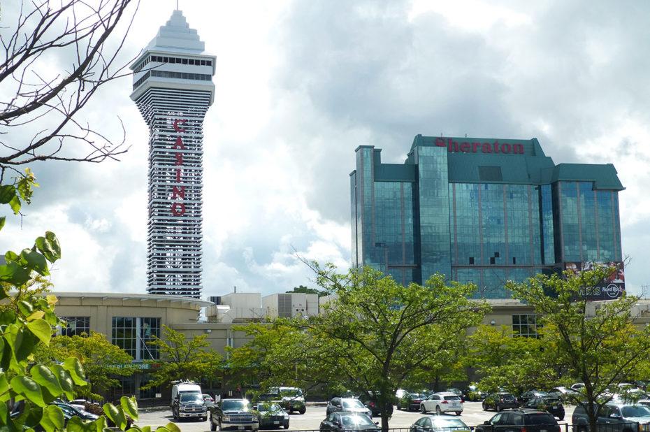 Le Casino et l'hôtel Sheraton à Niagara Falls