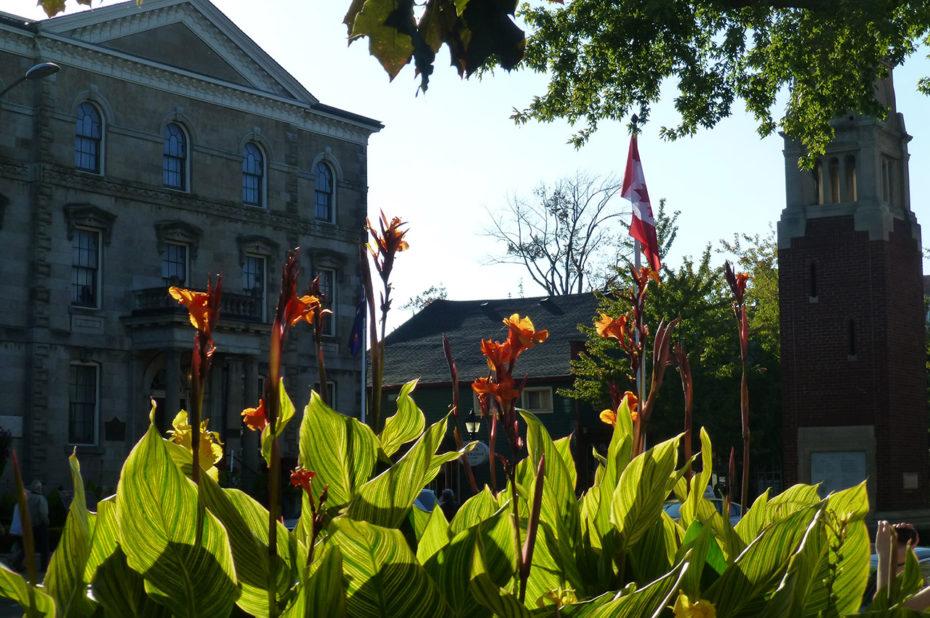 Niagara-on-the-Lake est une petite ville fleurie