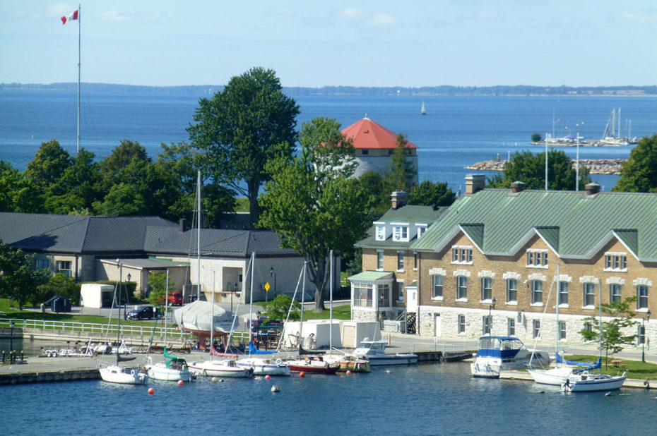 Le petit port de plaisance de Kingston