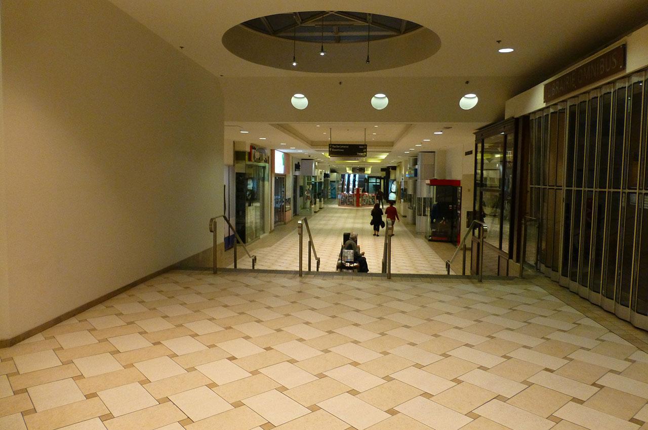 Les couloirs de la ville souterraine de Montréal