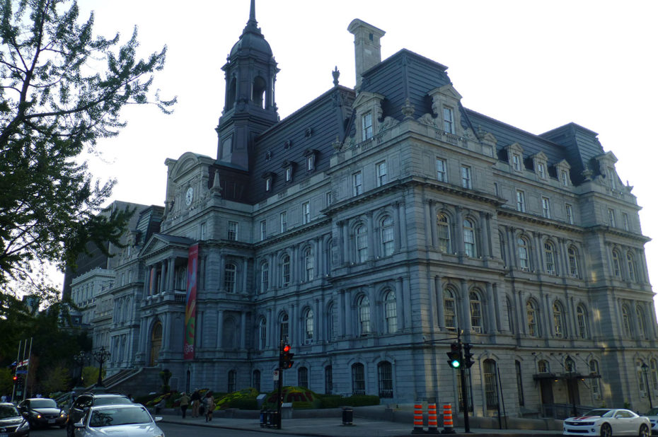 Hôtel-de-Ville dans le Vieux-Montréal