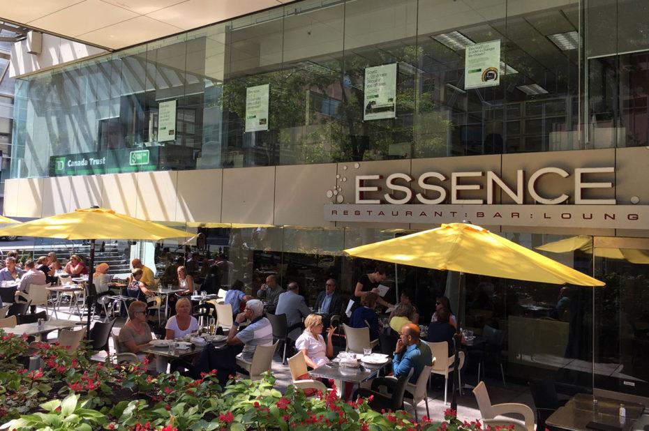 Le restaurant Essence et sa belle terrasse ombragée