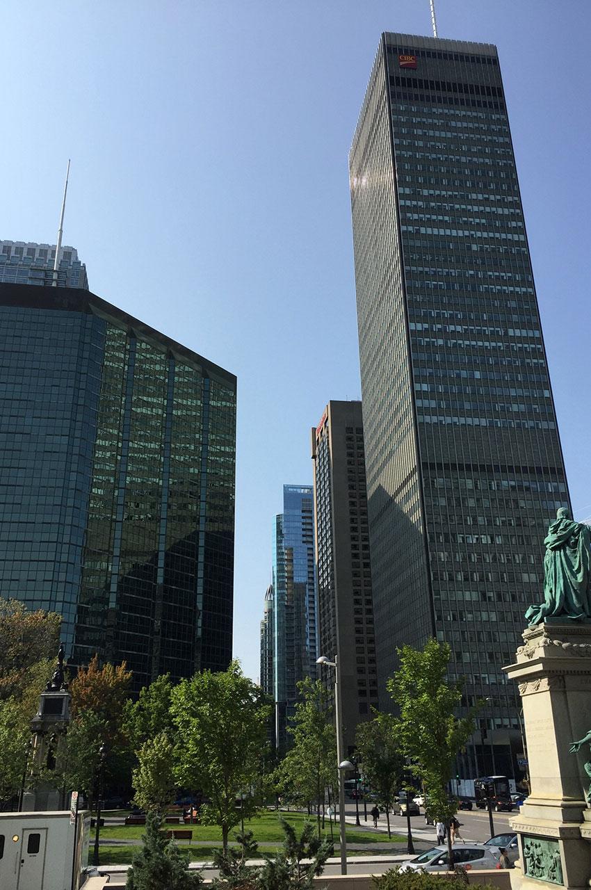 La Tour CIBC compte 45 étages