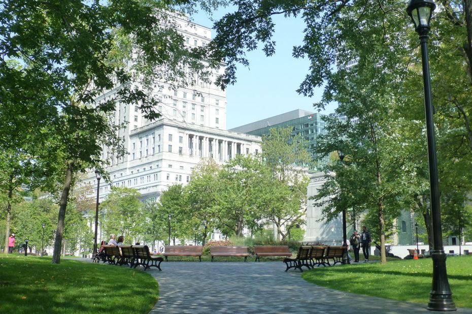 Le square Dorchester, havre de verdure au cœur de Montréal