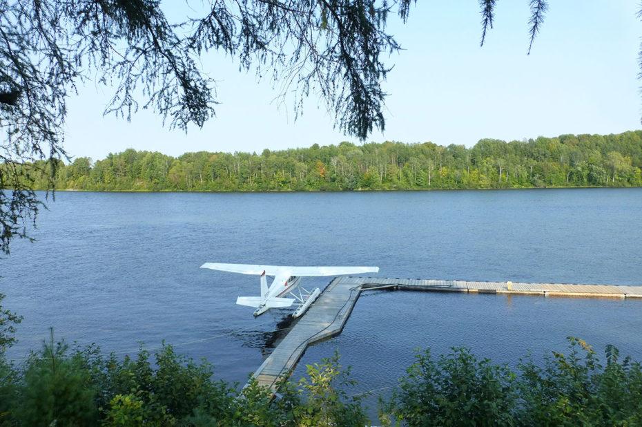 Avion sur la rivière Saint-Maurice