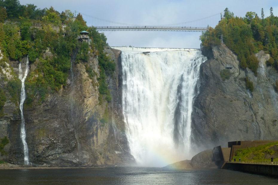 La chute Montmorency, d'une hauteur de 83 mètres