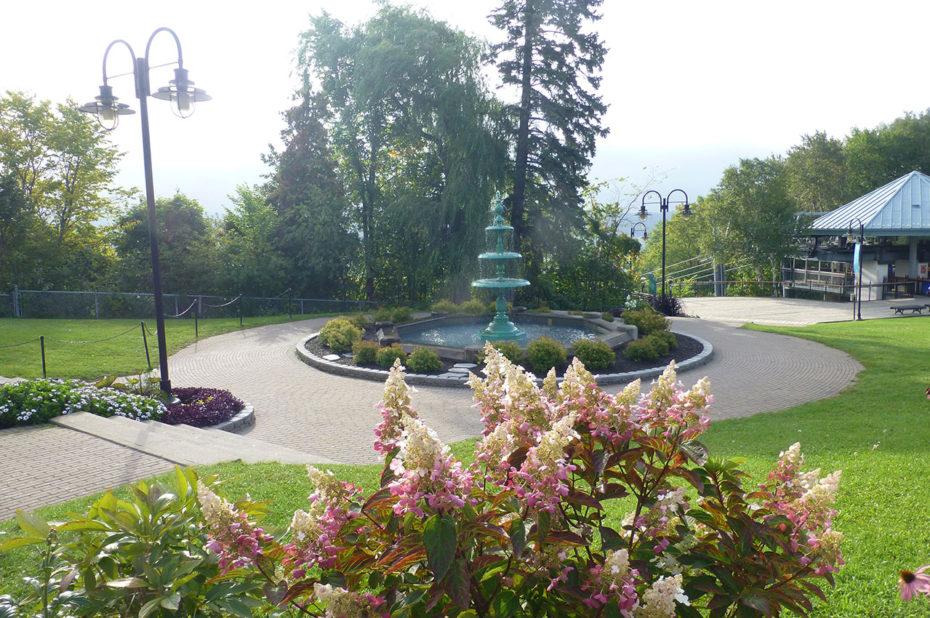 Le jardin du manoir Montmorency et l'arrivée du téléphérique