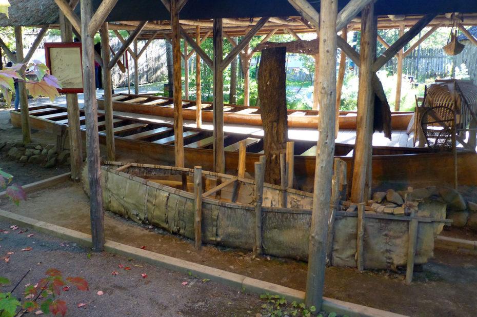 Le canot, moyen de transport traditionnel