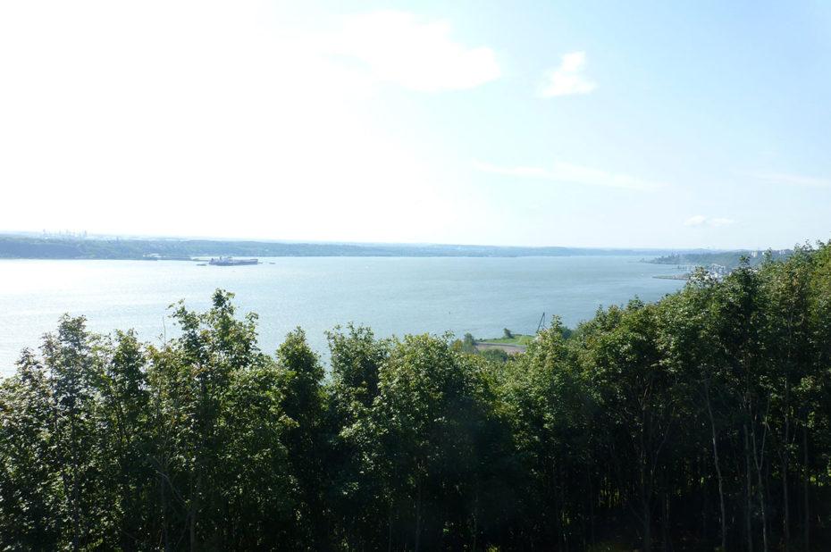 """Québec signifie en Algonquin """"La où le fleuve se rétrécit"""""""