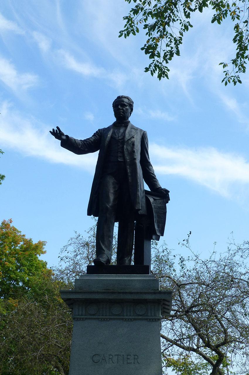 Statue de Sir George-Étienne Cartier