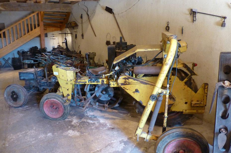 Anciens outils agricoles au Musée de la Vigne et du Vin