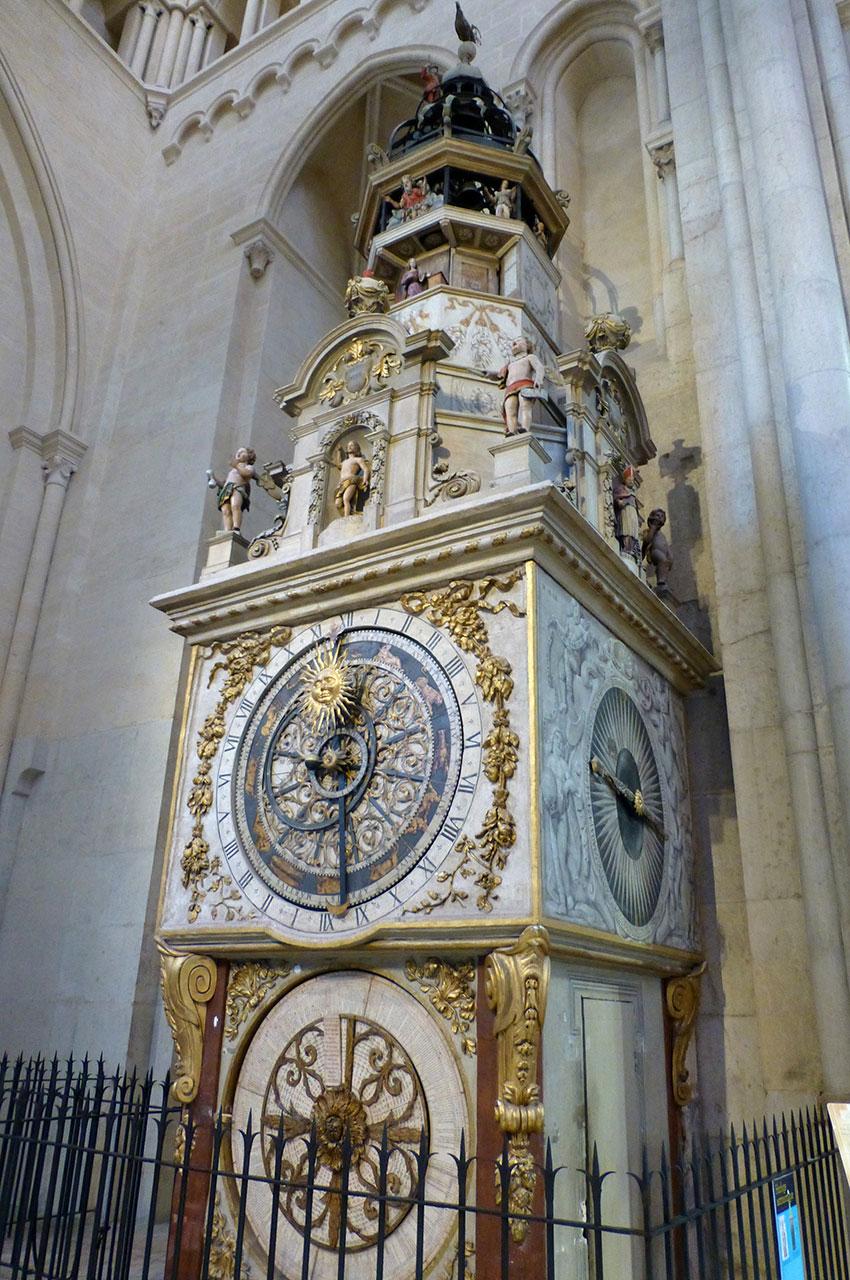 L'horloge astronomique du XIVe siècle