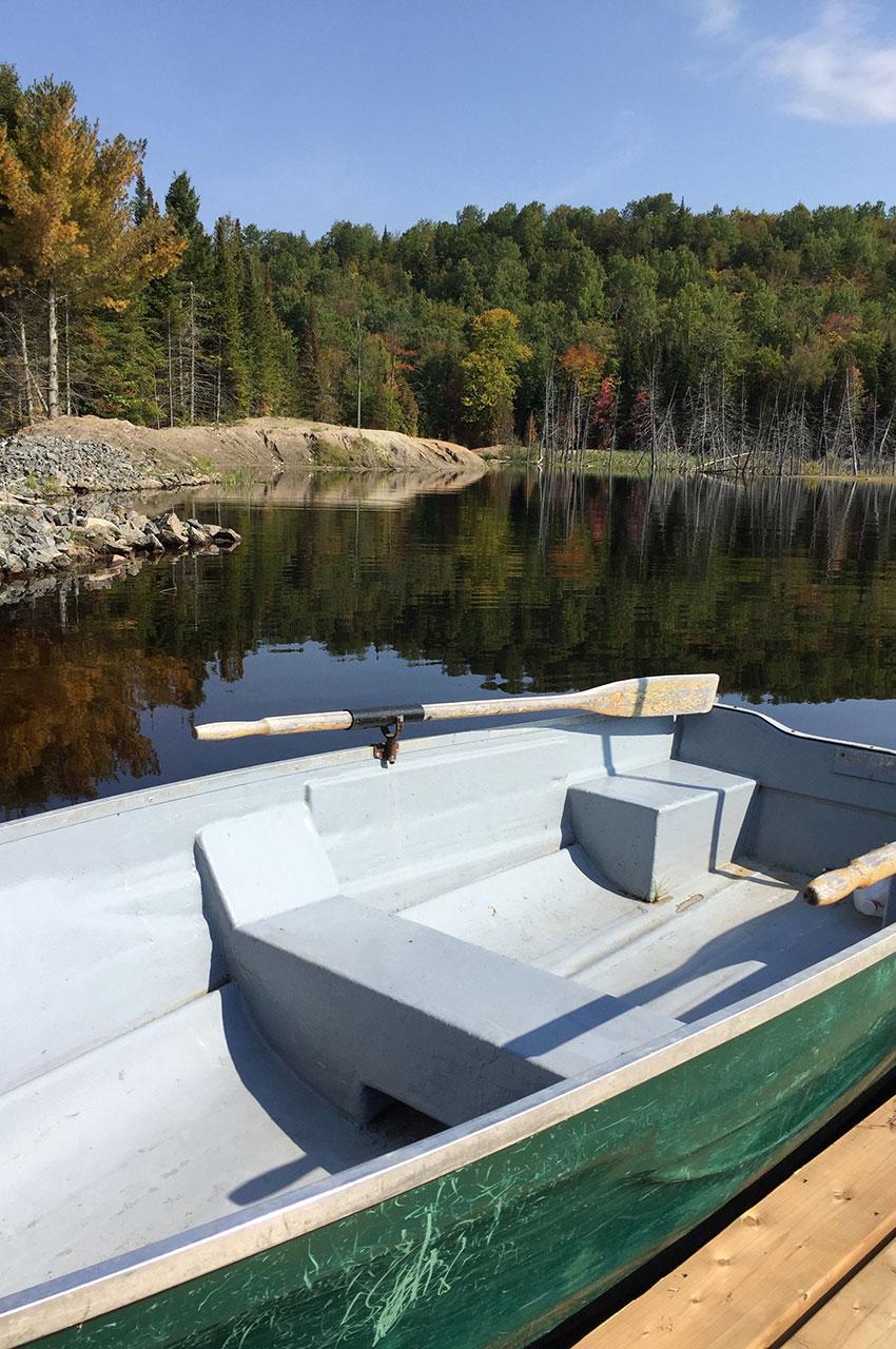 Petit tour en barque sur le lac