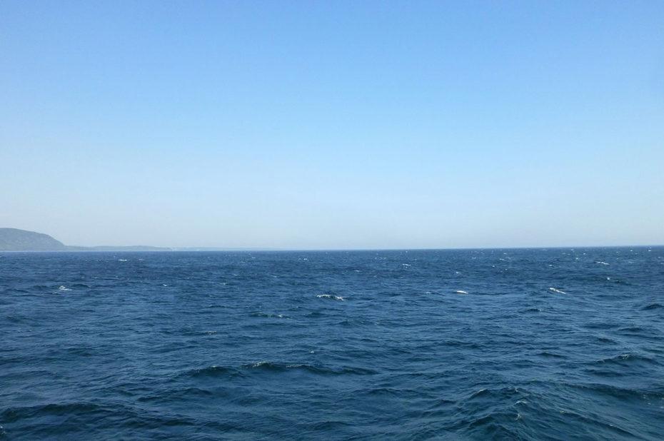 À Tadoussac, le Saint-Laurent est si grand qu'on dirait une mer